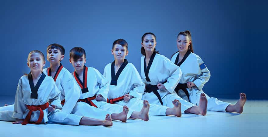 Martial Arts Lessons for Kids in _Cobourg_ _ON_ - Kids Group Splits