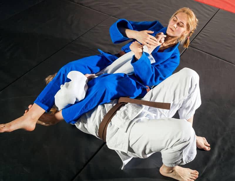 Brazilian Jiu Jitsu Lessons for Adults in _Cobourg_ _ON_ - Arm Bar Women BJJ